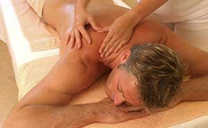 Rückenmassage Wellness in Bornheim